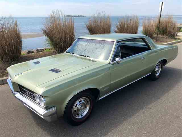 Picture of Classic '64 Pontiac GTO located in Connecticut Auction Vehicle Offered by  - NK0O