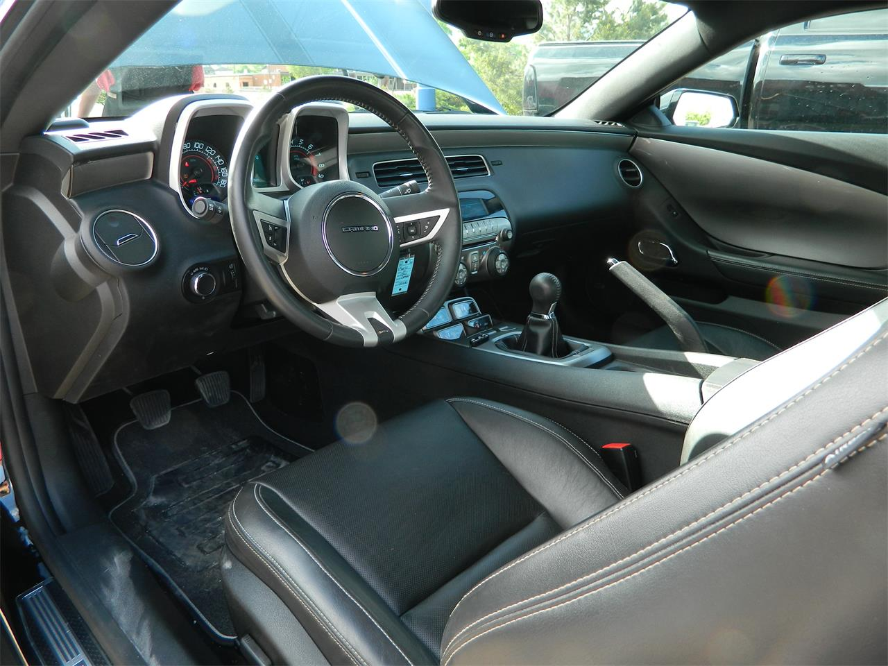 Large Picture of '11 Camaro SS - NK29