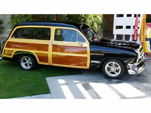 Picture of 1950 Ford Woody Wagon located in California - $68,000.00 Offered by a Private Seller - NDRA