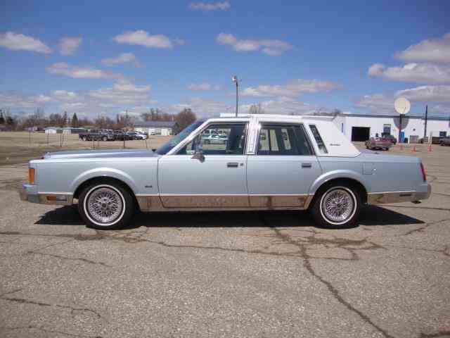 Picture of '89 Town Car located in South Dakota - $15,950.00 - NDSB