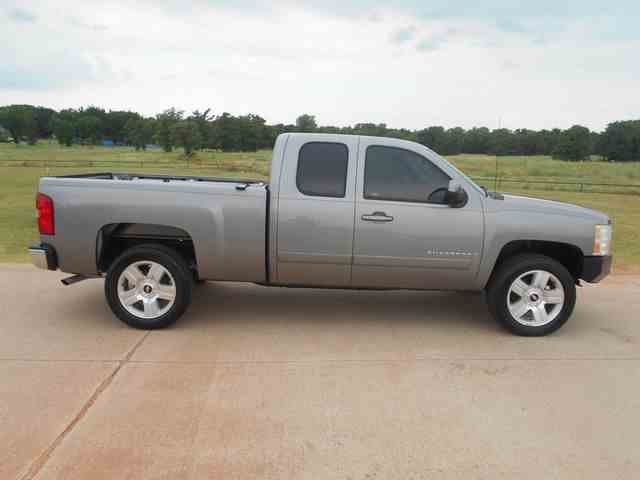 Picture of '08 Chevrolet Silverado - $12,995.00 Offered by  - NKJ4