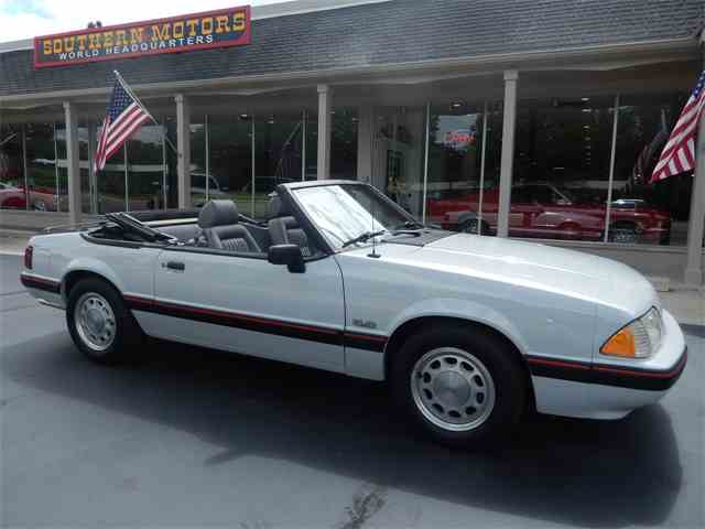 Picture of 1989 Ford Mustang located in Michigan - NKOC