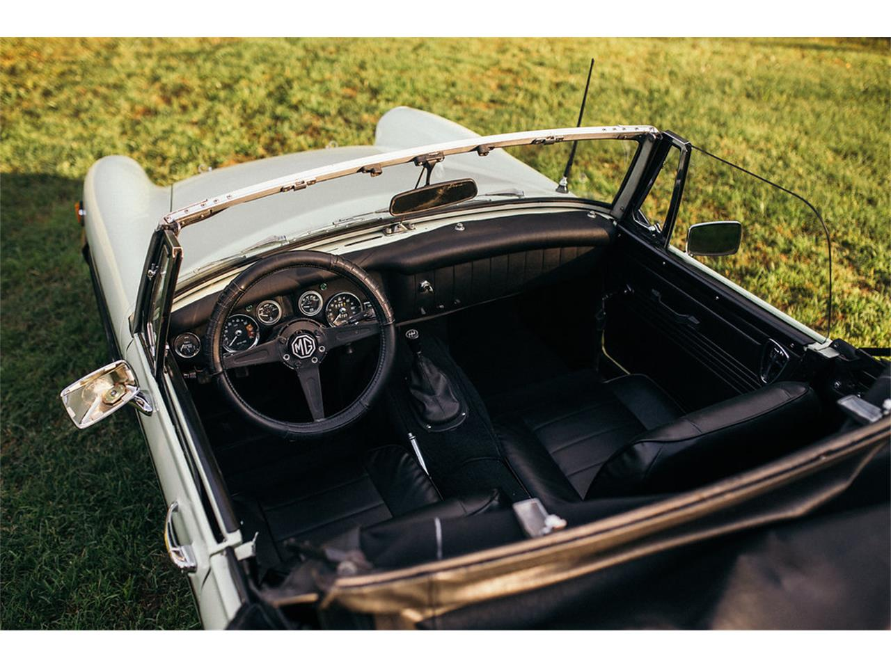 Large Picture of '76 Midget - NKOT