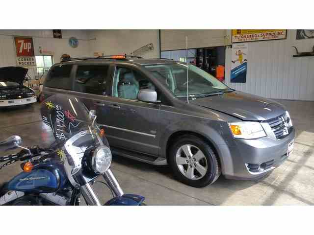 Picture of 2009 Dodge Grand Caravan located in Upper Sandusky Ohio - NLN9