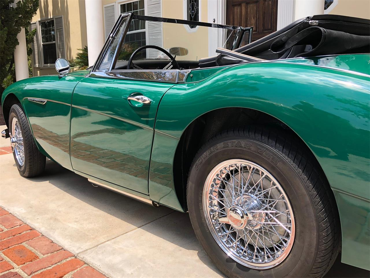 Large Picture of Classic '67 Austin-Healey 3000 Mark III - NLOV