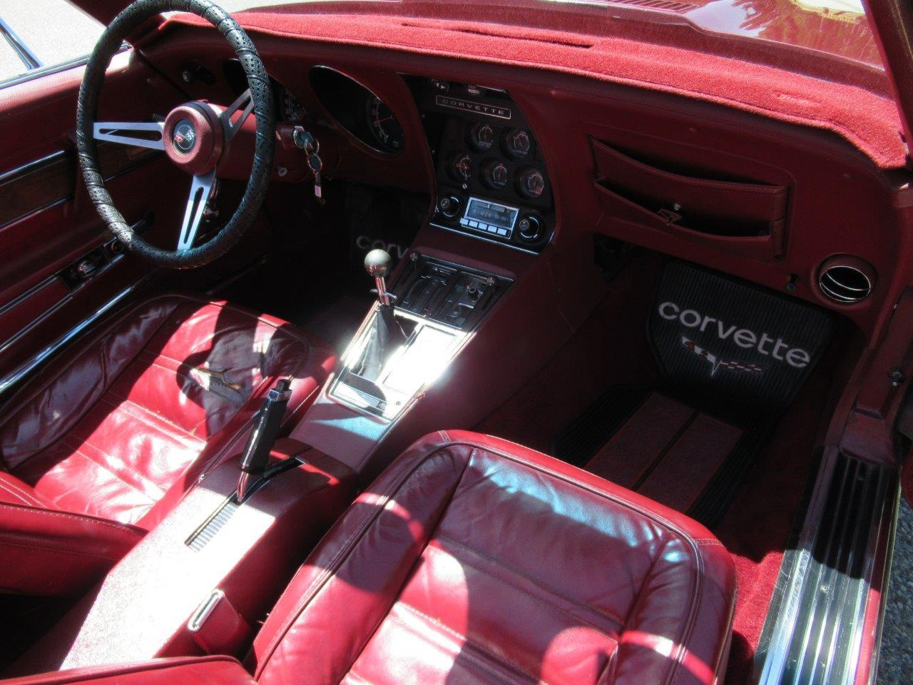 Large Picture of '75 Corvette - NM0J