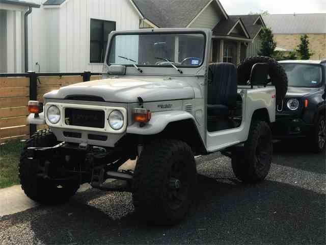 Picture of '83 Land Cruiser FJ located in Texas - $40,000.00 - NM2O