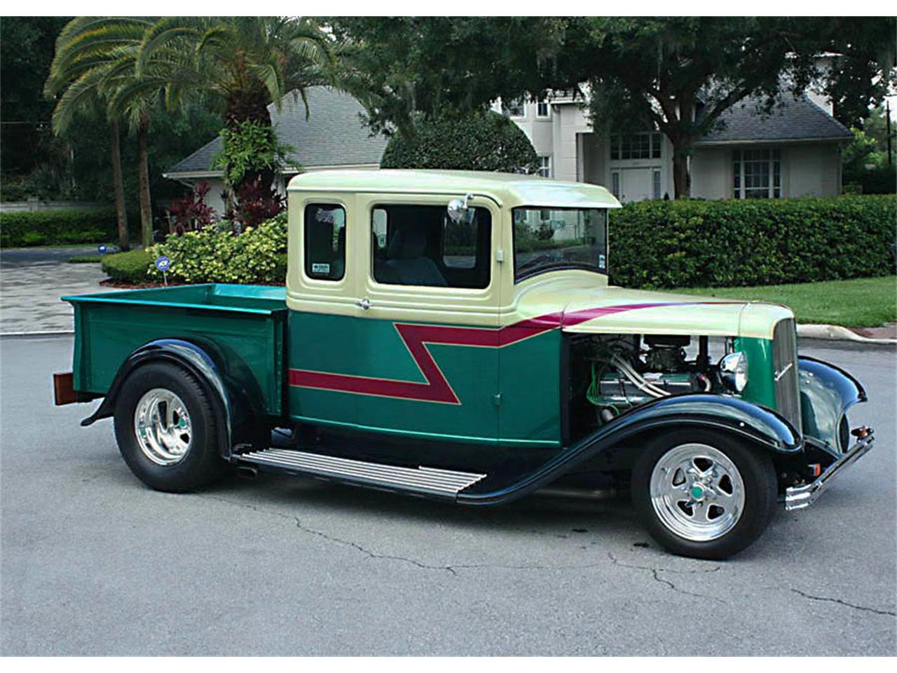 Large Picture of Classic '33 Model B - NM8X