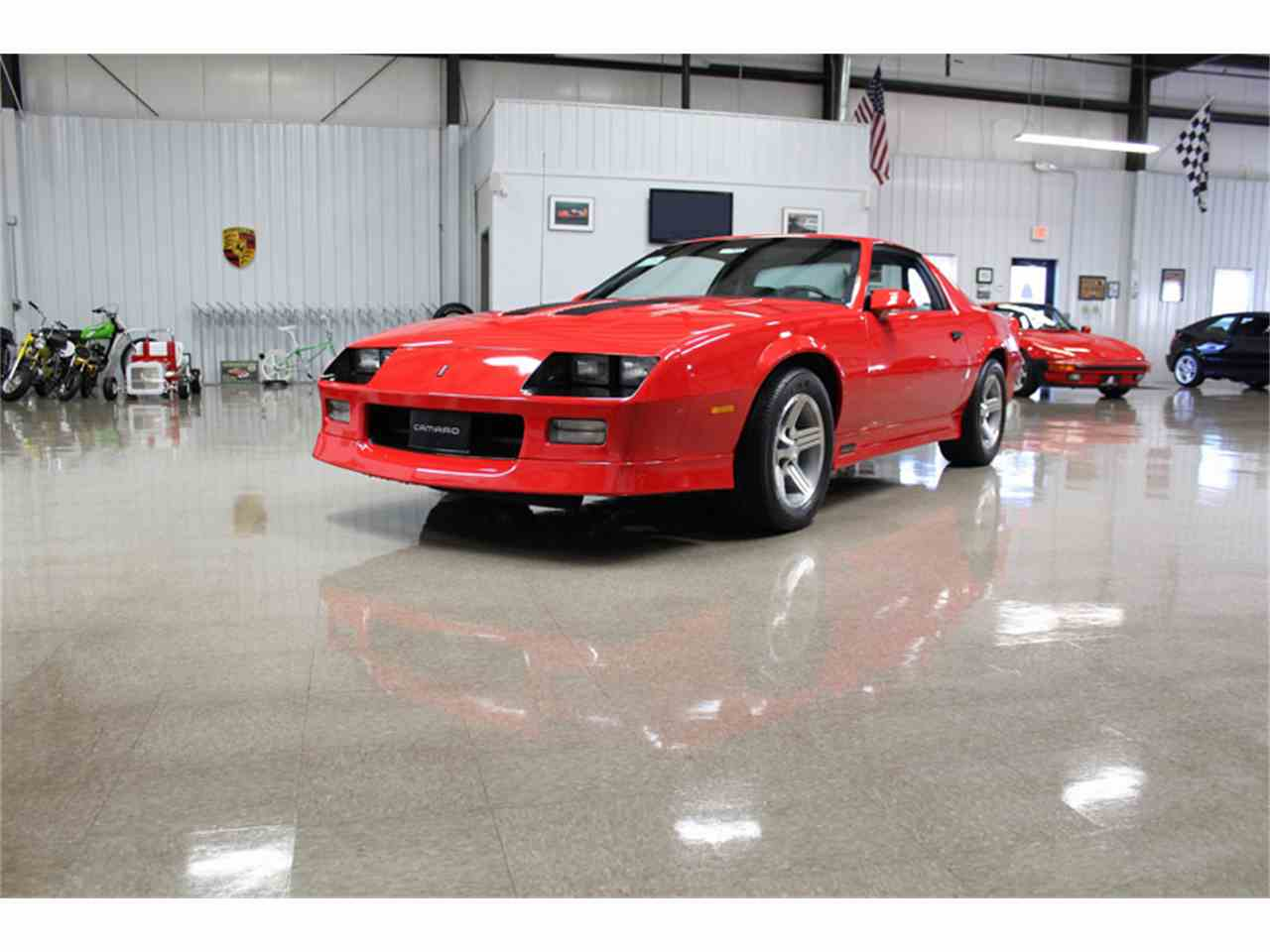 1990 chevrolet camaro iroc z for sale cc 1101942. Black Bedroom Furniture Sets. Home Design Ideas