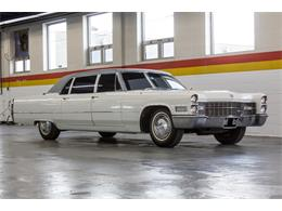 Picture of 1966 Cadillac Fleetwood Limousine located in Montreal Quebec Offered by John Scotti Classic Cars - NKXQ