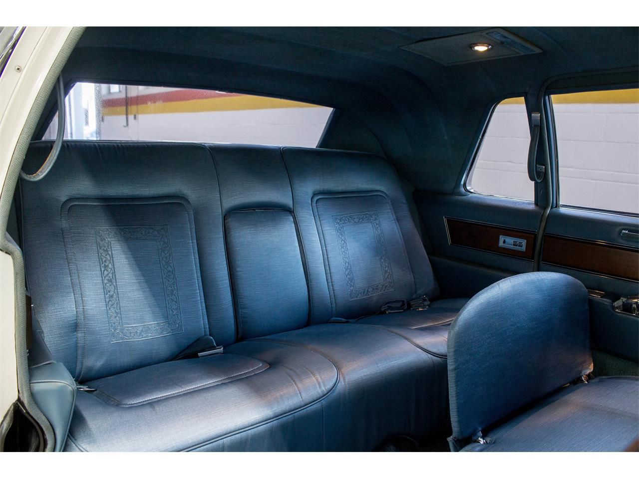 Large Picture of '66 Cadillac Fleetwood Limousine located in Montreal Quebec Offered by John Scotti Classic Cars - NKXQ