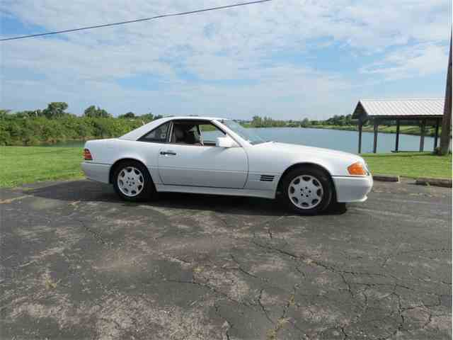 Picture of '92 Mercedes-Benz 300 located in Dayton Ohio Offered by  - NMNN