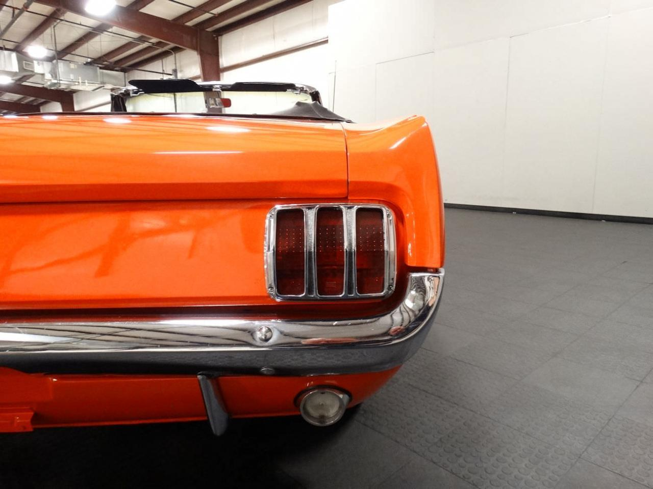 Large Picture of Classic 1965 Ford Mustang Offered by Gateway Classic Cars - Louisville - NMUD