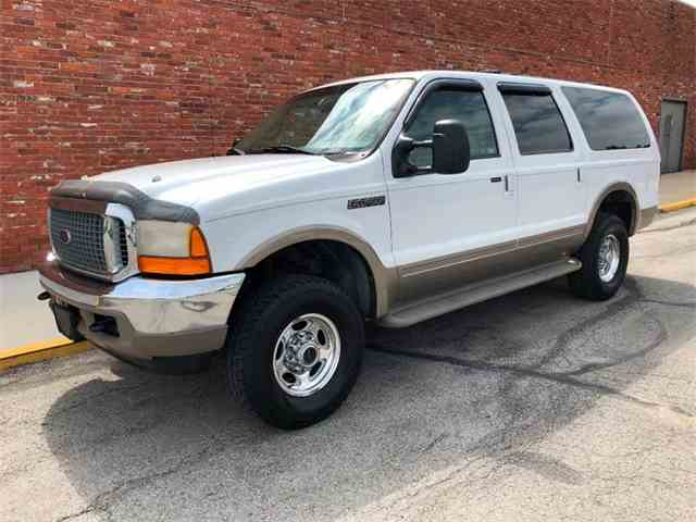 Picture of 2001 Excursion located in Olathe Kansas - $6,980.00 - NMWD