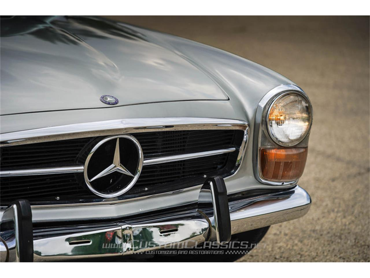 Large Picture of '70 280SL located in Illinois - $68,500.00 - NMYI