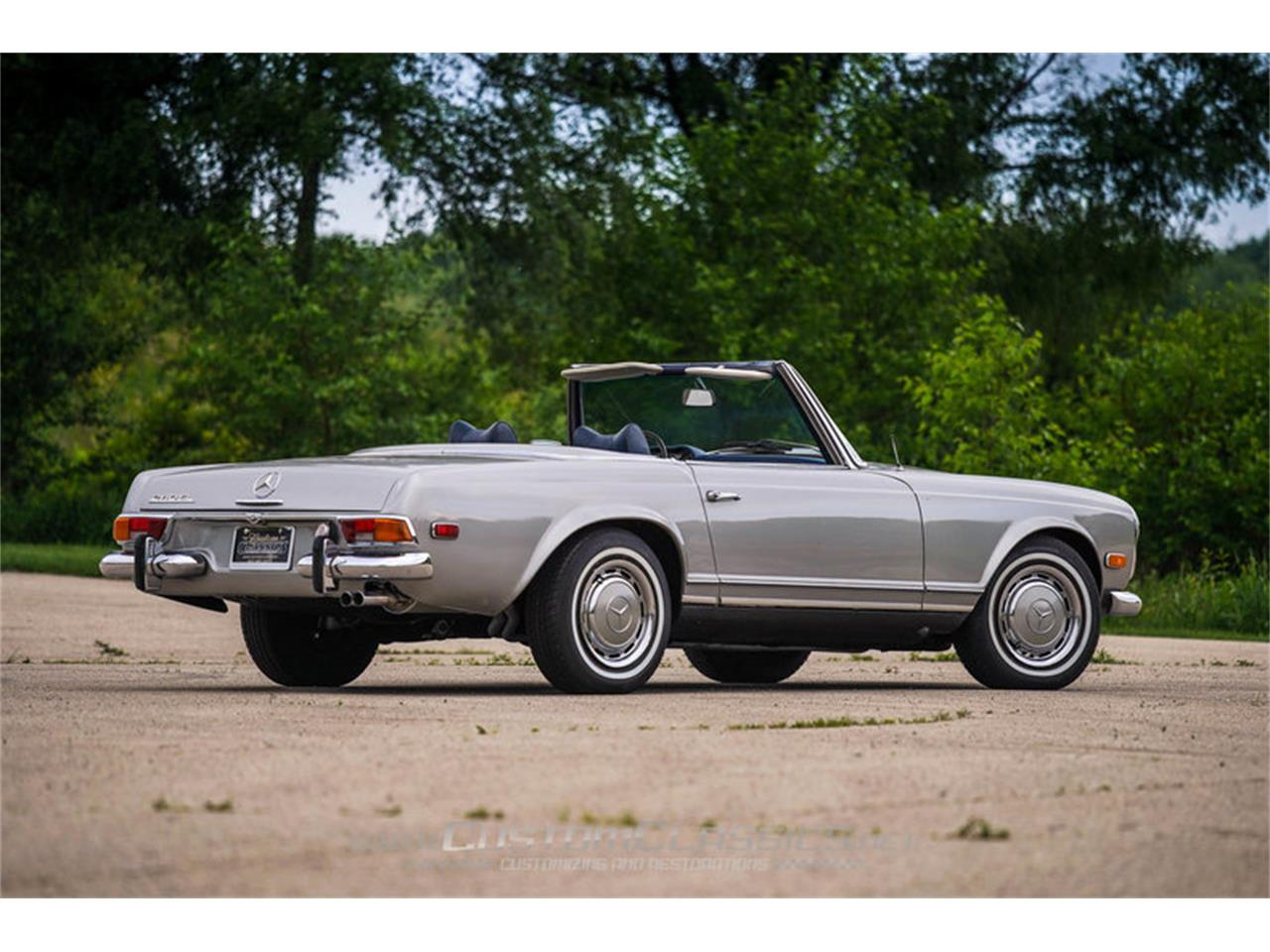 Large Picture of Classic '70 280SL located in Island Lake Illinois - $68,500.00 Offered by Custom Classics - NMYI