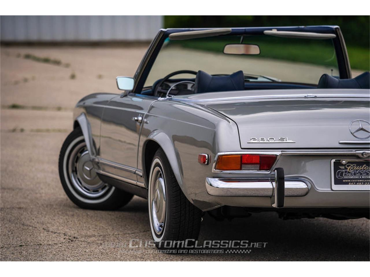 Large Picture of 1970 280SL Offered by Custom Classics - NMYI