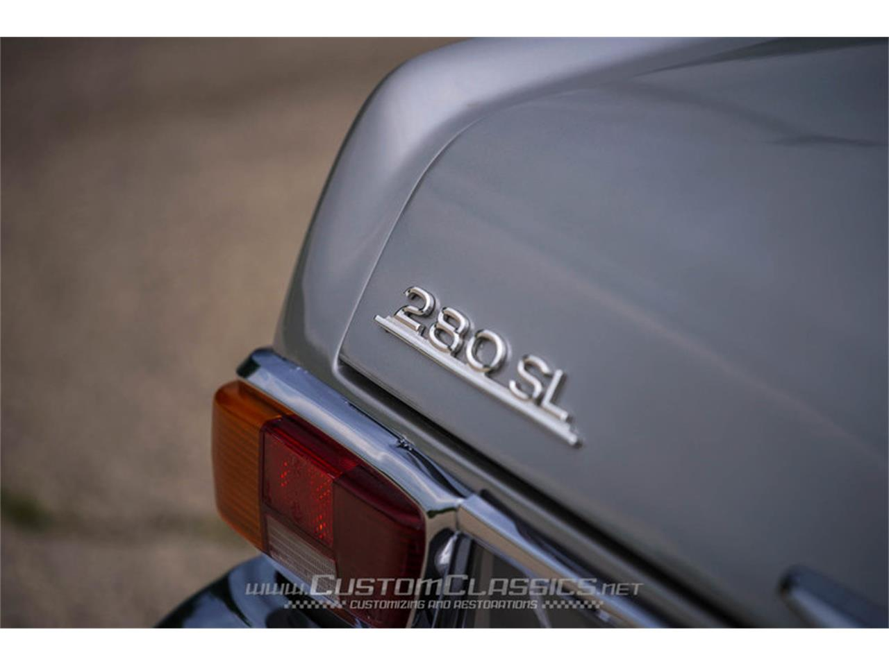 Large Picture of Classic 1970 280SL Offered by Custom Classics - NMYI