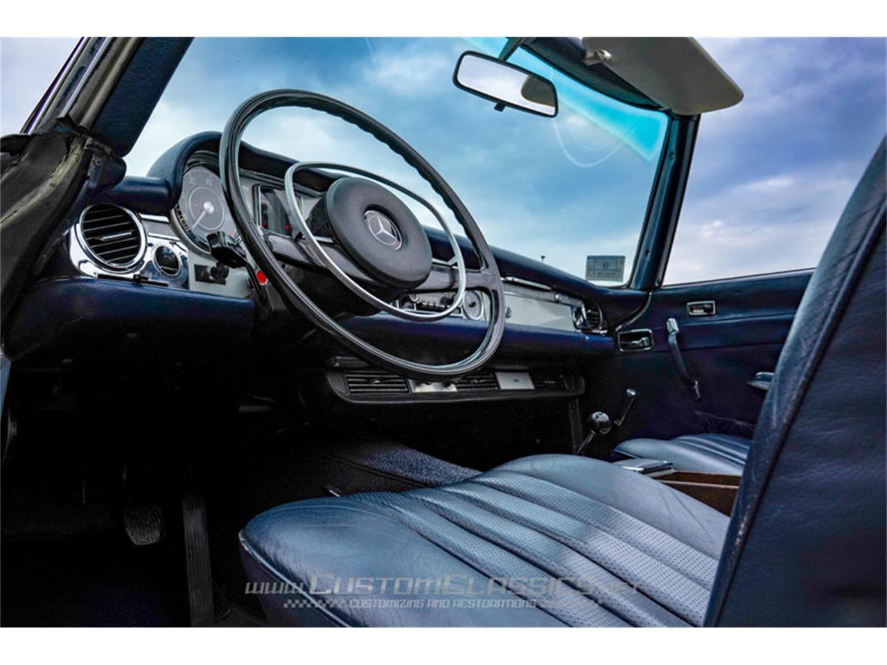 Large Picture of 1970 Mercedes-Benz 280SL located in Island Lake Illinois - $68,500.00 - NMYI
