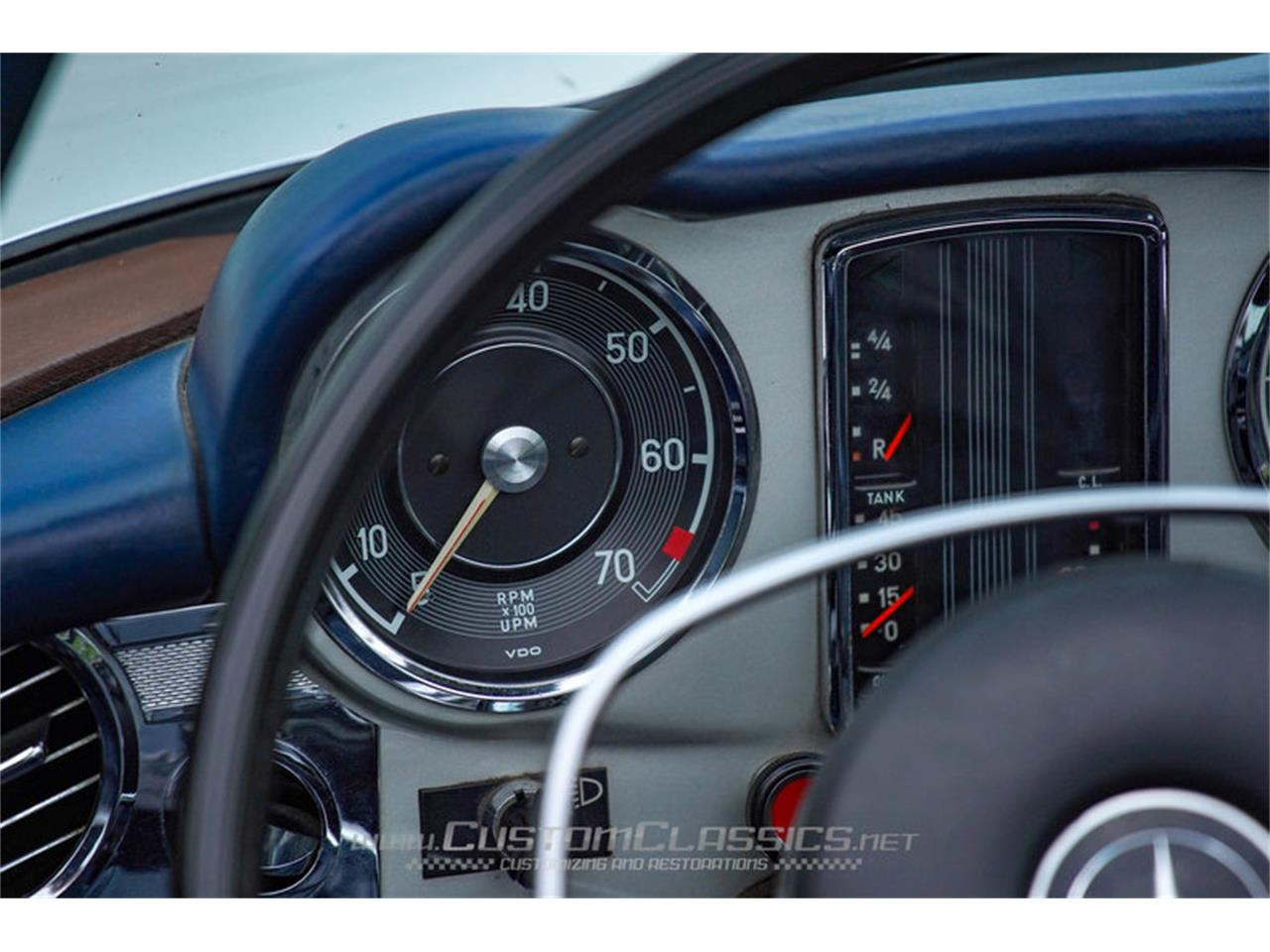Large Picture of Classic 1970 Mercedes-Benz 280SL - $68,500.00 Offered by Custom Classics - NMYI