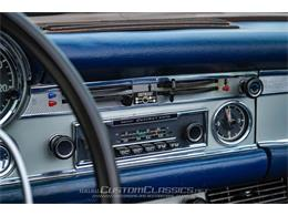 Picture of Classic 1970 Mercedes-Benz 280SL Offered by Custom Classics - NMYI