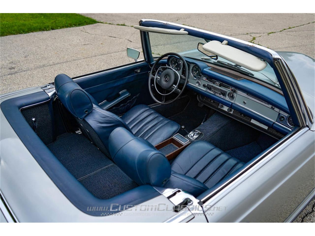 Large Picture of Classic '70 280SL located in Island Lake Illinois Offered by Custom Classics - NMYI