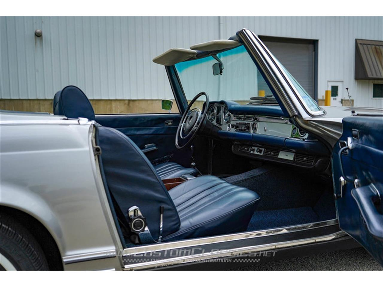 Large Picture of 1970 280SL located in Island Lake Illinois - $68,500.00 Offered by Custom Classics - NMYI
