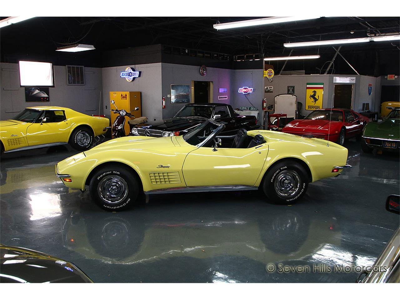 Large Picture of 1971 Chevrolet Corvette located in Ohio Offered by Seven Hills Motorcars - NN0A