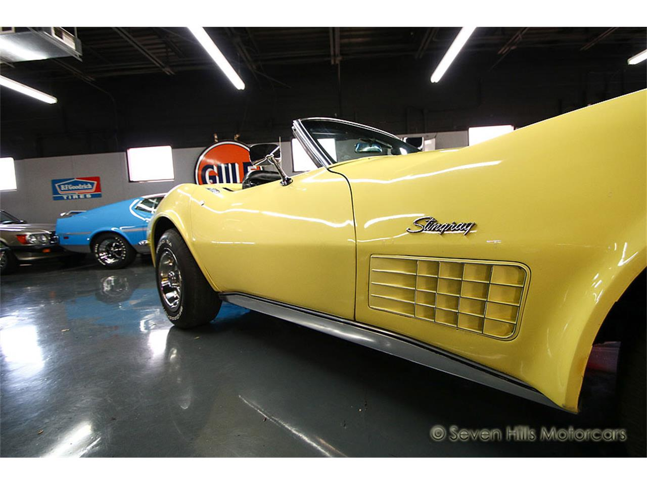 Large Picture of '71 Chevrolet Corvette - $27,900.00 Offered by Seven Hills Motorcars - NN0A