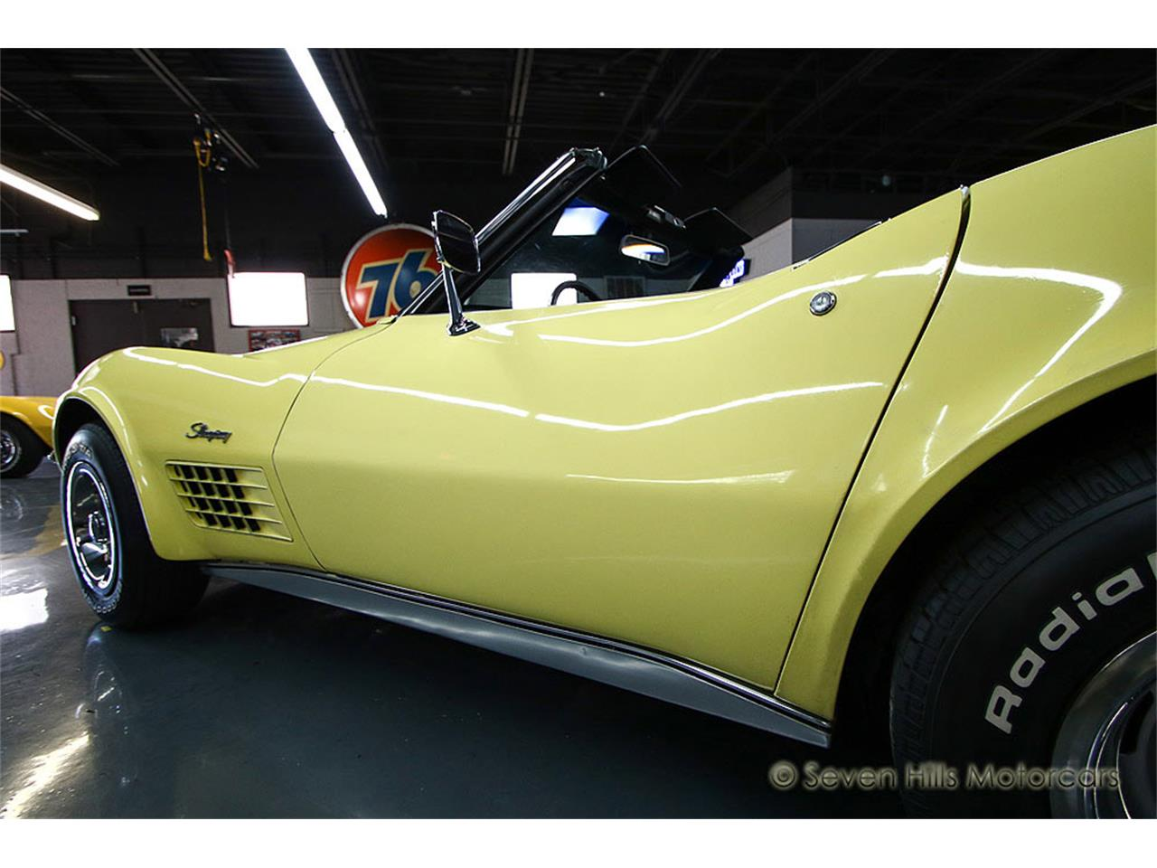 Large Picture of Classic 1971 Corvette located in Cincinnati Ohio - $27,900.00 Offered by Seven Hills Motorcars - NN0A