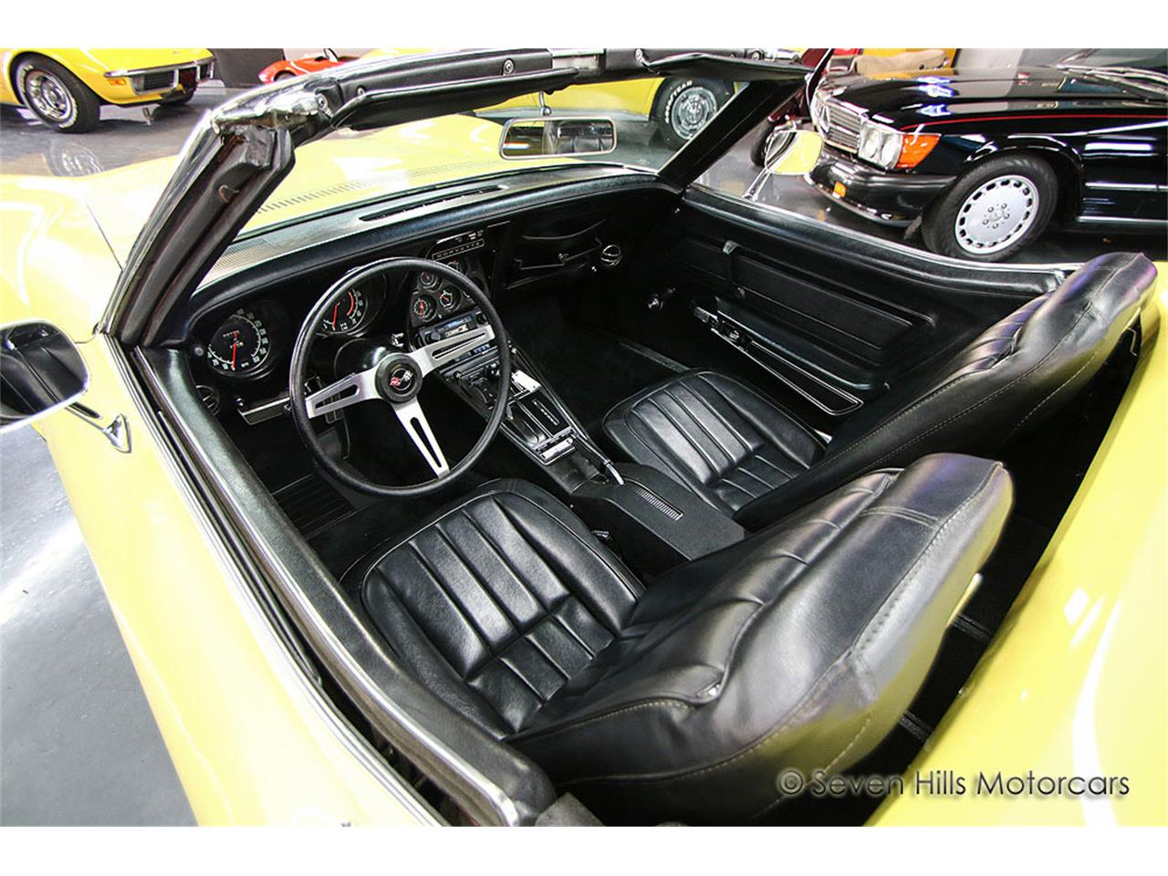 Large Picture of '71 Corvette located in Cincinnati Ohio Offered by Seven Hills Motorcars - NN0A