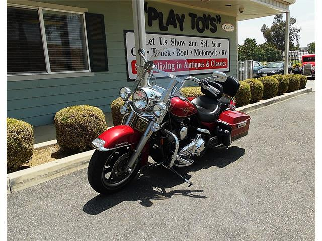 Picture of '07 Harley-Davidson Road King located in California - $8,995.00 Offered by  - NN0G
