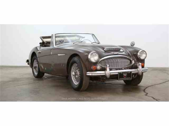 Picture of Classic 1965 3000 located in Beverly Hills California - NN24