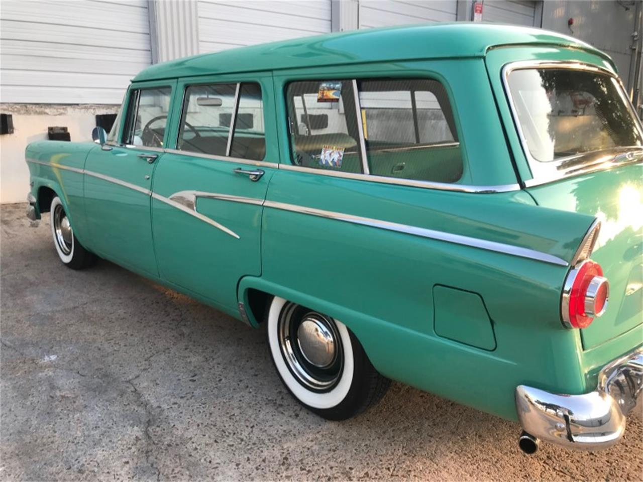 Large Picture of 1956 Country Sedan located in HOUSTON Texas - NN69