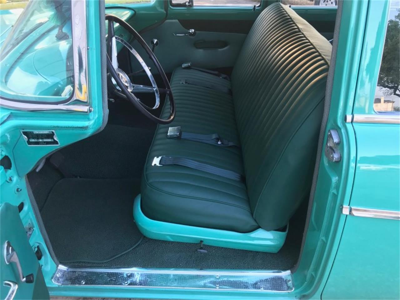 Large Picture of Classic 1956 Ford Country Sedan located in Texas - NN69
