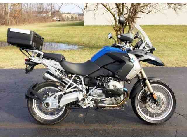 Picture of '12 Motorcycle located in Michigan Offered by  - NL09