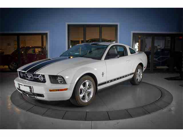 Picture of '07 Ford Mustang located in Palmetto Florida - $11,997.00 - NN7M