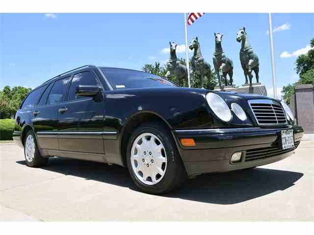 Picture of '99 Mercedes-Benz E-Class located in Texas - NNB7