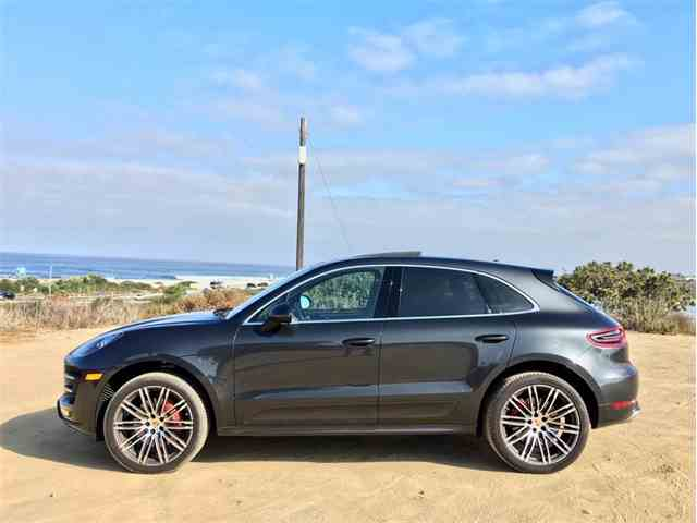 Picture of 2017 Macan located in California - NNBS