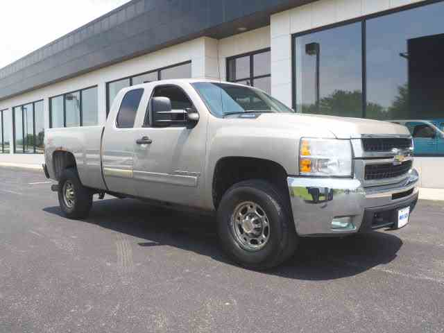 Picture of '07 Chevrolet Silverado located in Ohio - $10,999.00 - NNFZ