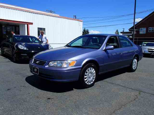 Picture of 2000 Toyota Camry located in Tacoma Washington - $4,990.00 Offered by  - NNGD