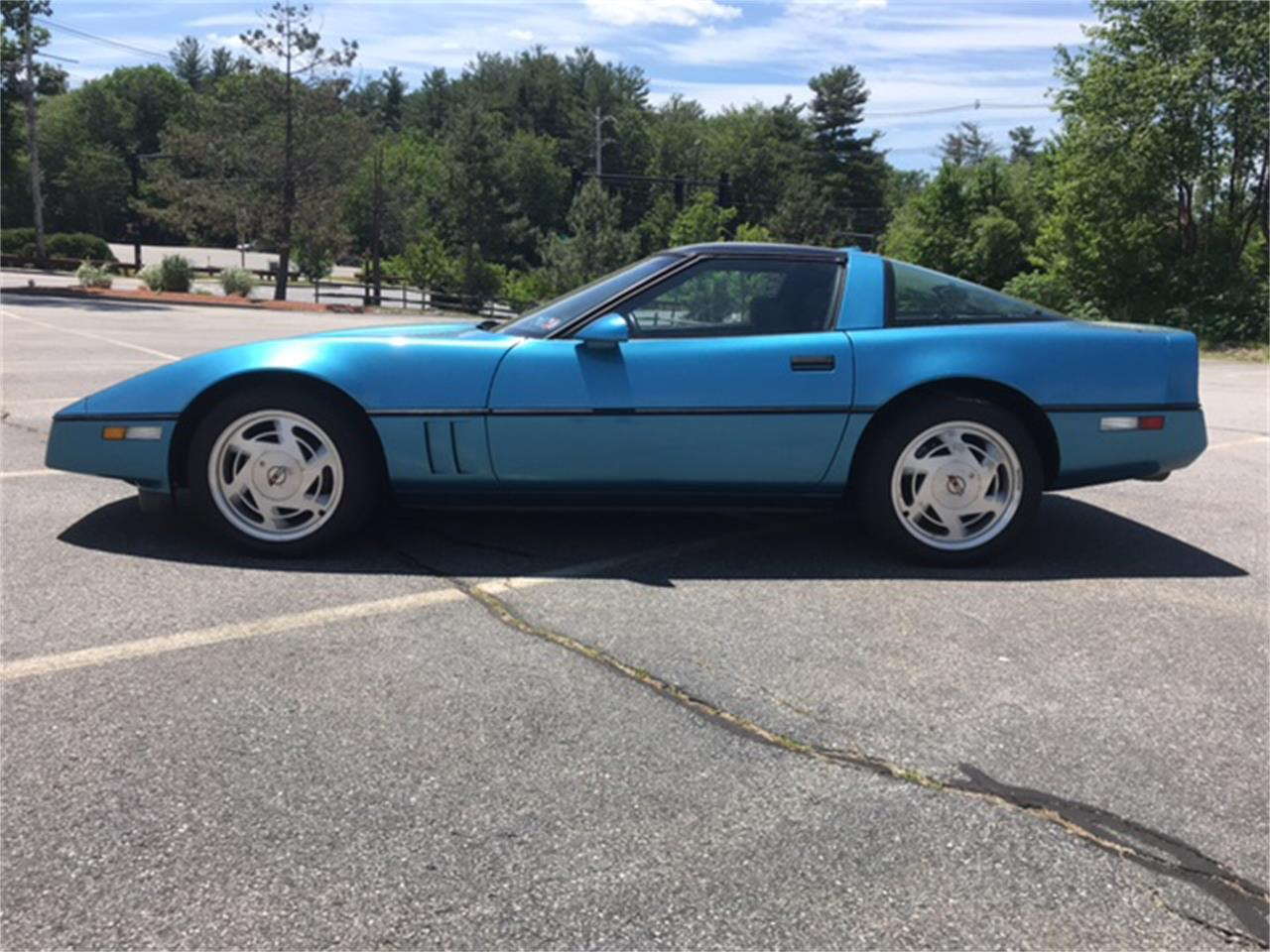 Large Picture of '88 Chevrolet Corvette - NNGK
