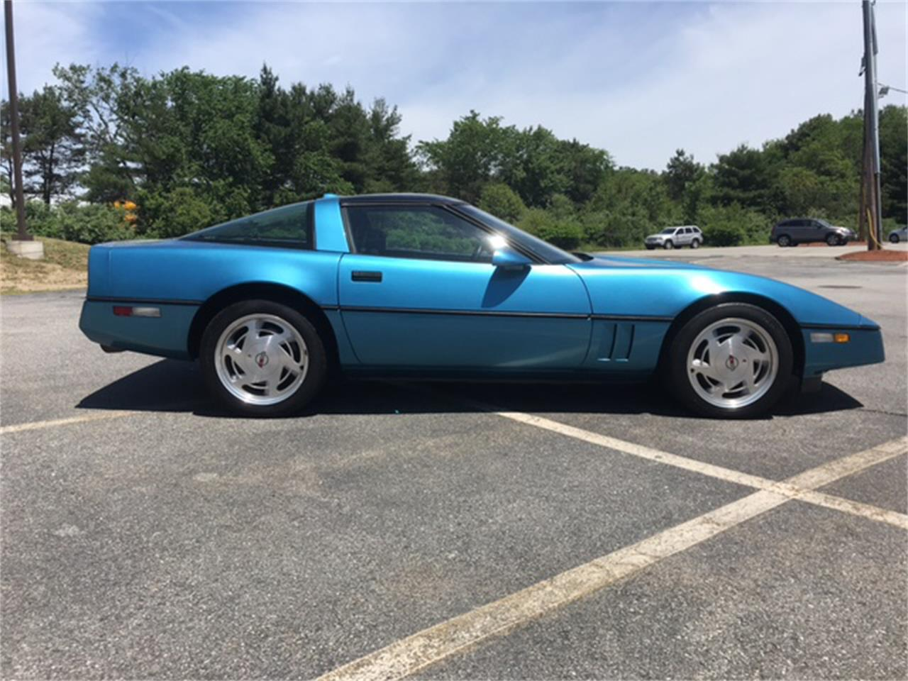 Large Picture of 1988 Corvette Offered by B & S Enterprises - NNGK