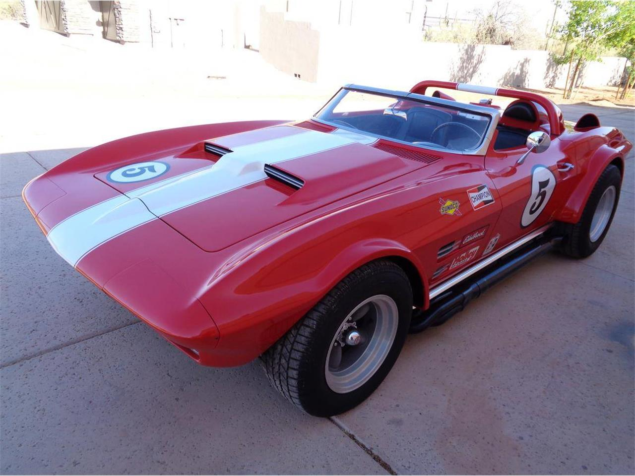 Large Picture of '67 Corvette - NNHD