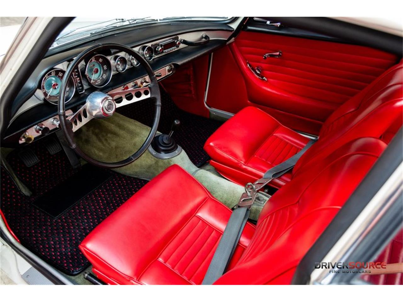 Large Picture of Classic '64 Volvo P1800E located in Texas - NNM3