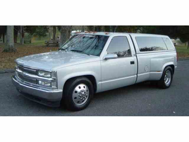 Picture of '94 Chevrolet 3500 located in Hendersonville Tennessee Offered by  - NNOG