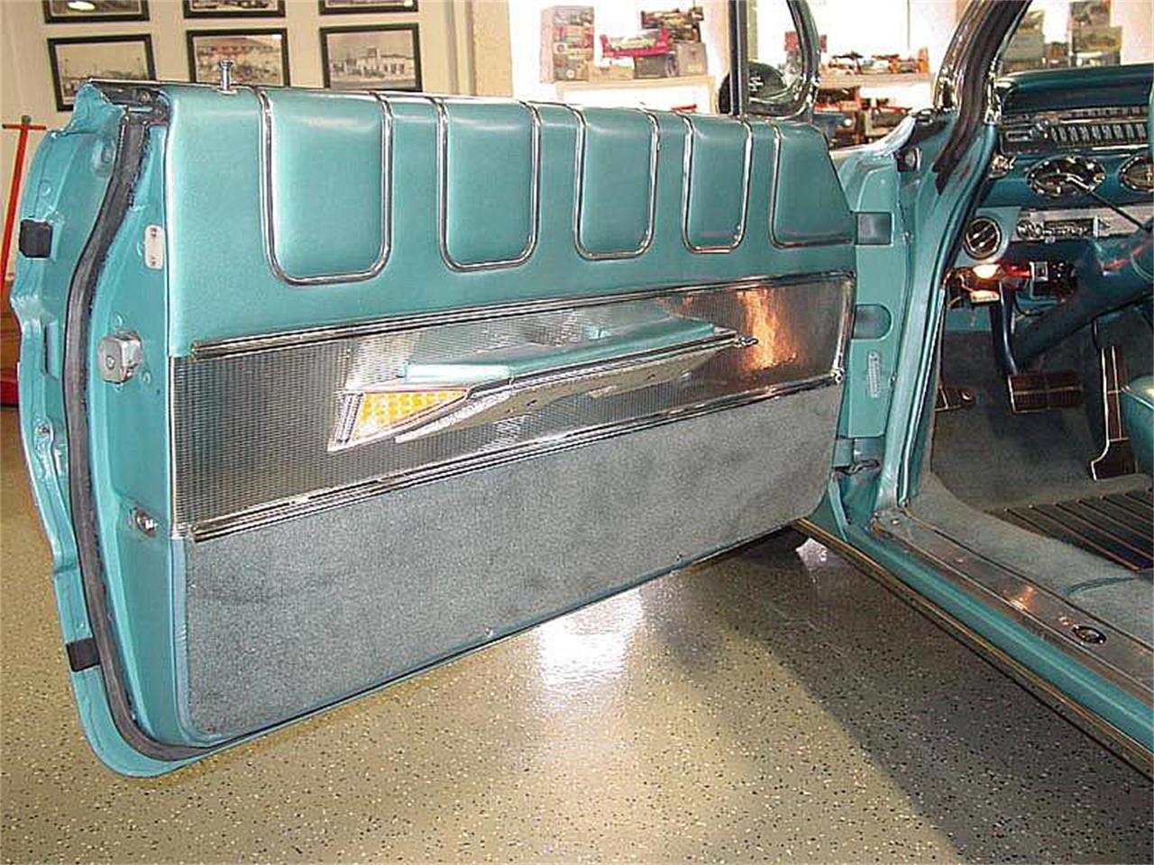 Large Picture of Classic 1961 Starfire Offered by Auto Gallery Colorado  - NNRK