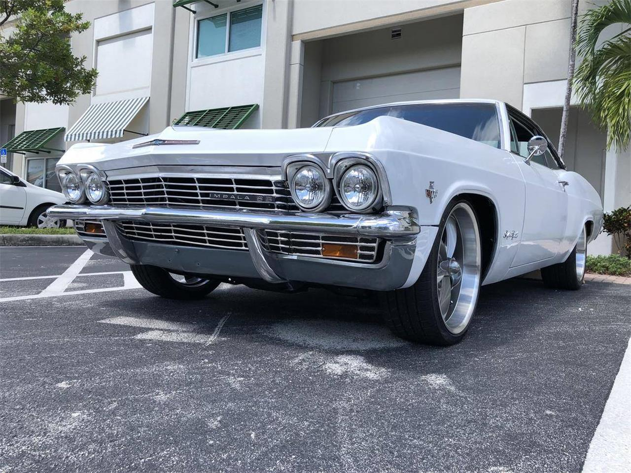 Large Picture of 1965 Impala SS located in Florida - $20,000.00 Offered by a Private Seller - NNRP