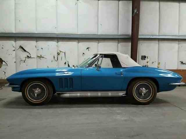 Picture of 1965 Chevrolet Corvette Offered by  - NNUQ