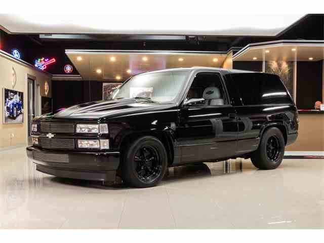 Picture of '99 Chevrolet Tahoe located in Plymouth Michigan Offered by  - NO4I